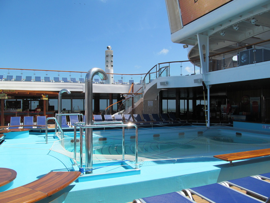 Carnival Triumph Main Pool Area