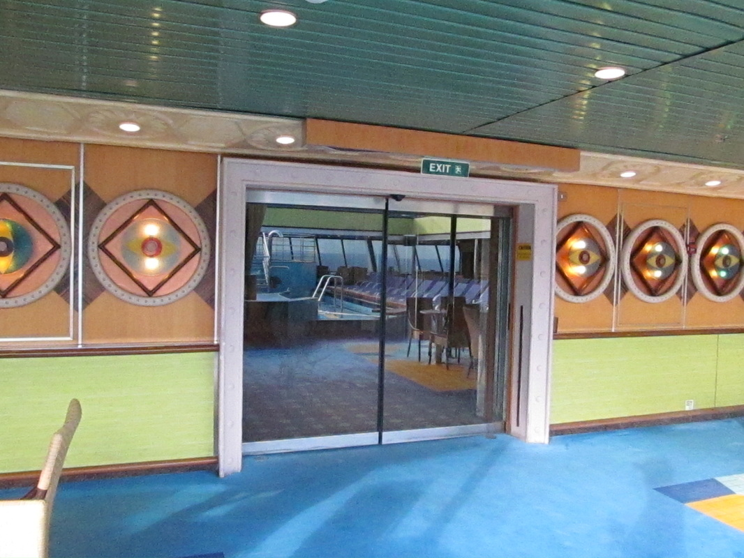 Glass Doors to Enter South Beach Club