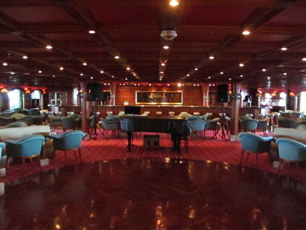 Carnival Triumph Oxford Bar