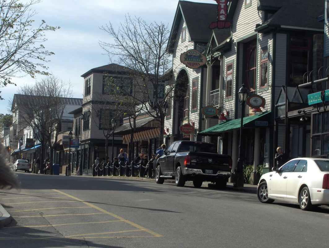 Looking down the main street & shopping area of Bar Harbor