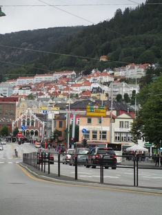 Walking toward harbor and old town (Bryggen)
