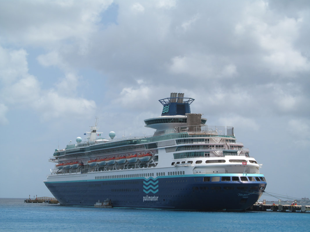 Pullmantur Monarch Docked In Cozumel