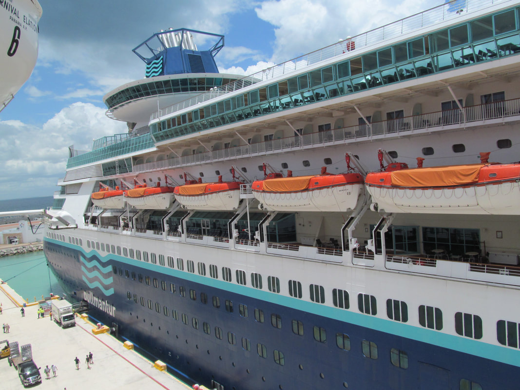 Pullmantur Monarch Side View