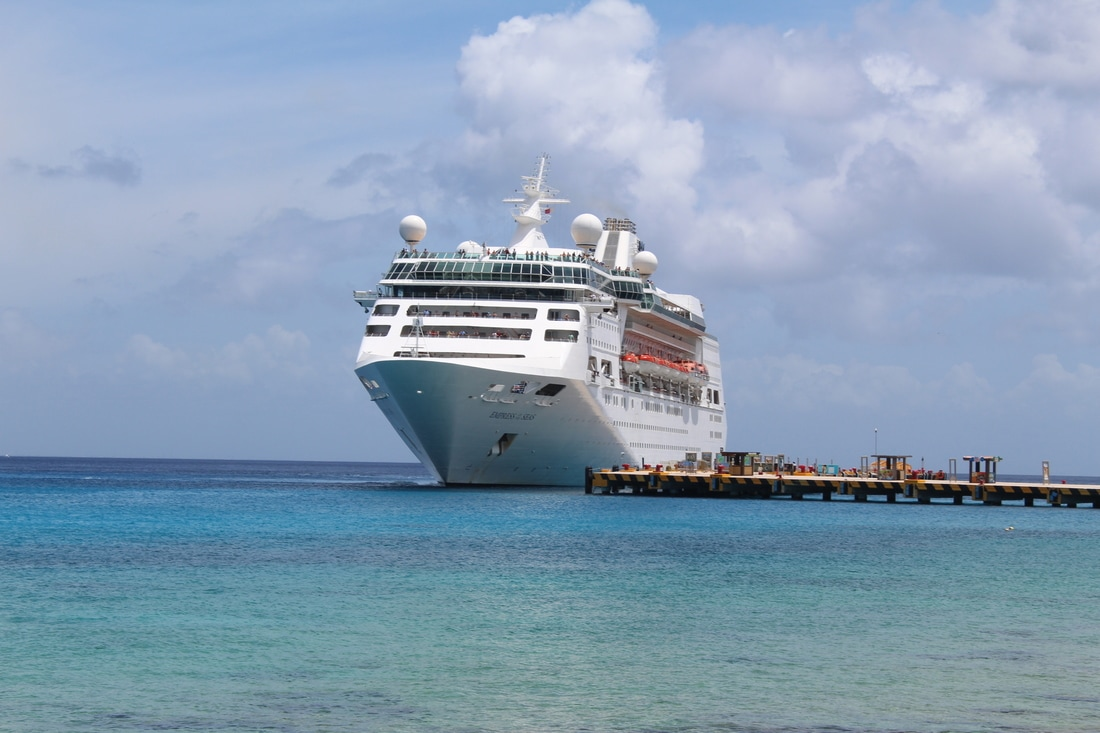 Empress of the Seas Docking in Cozumel
