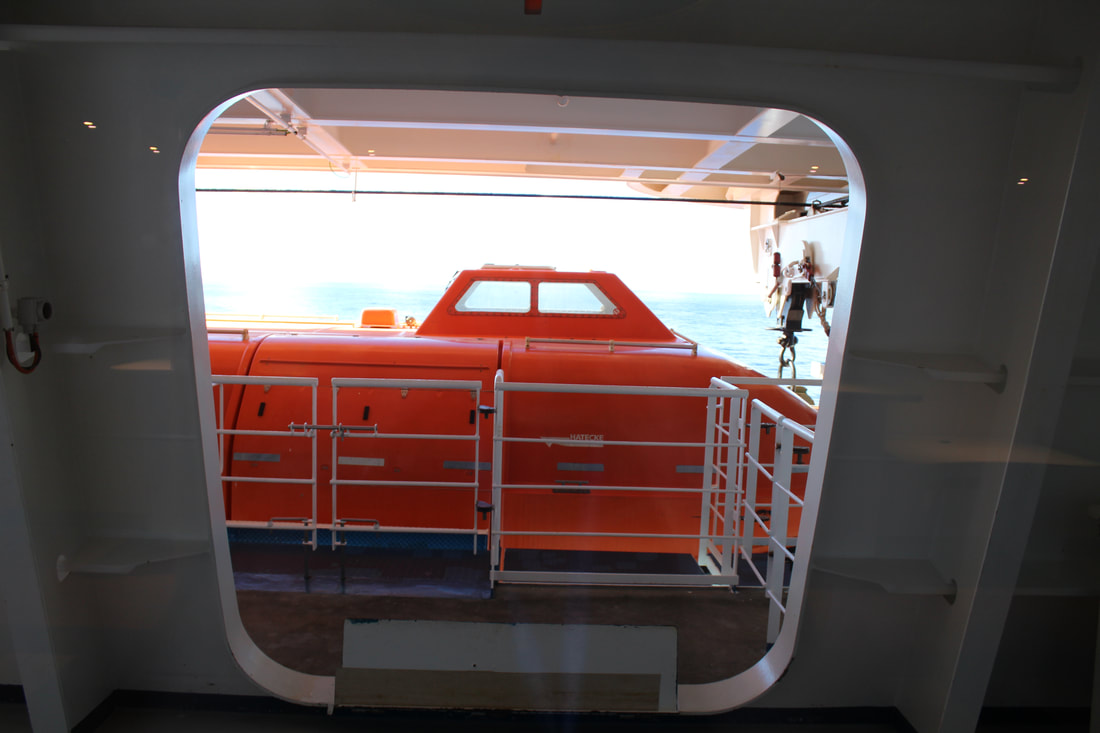 Carnival Valor Skybox Sports Bar