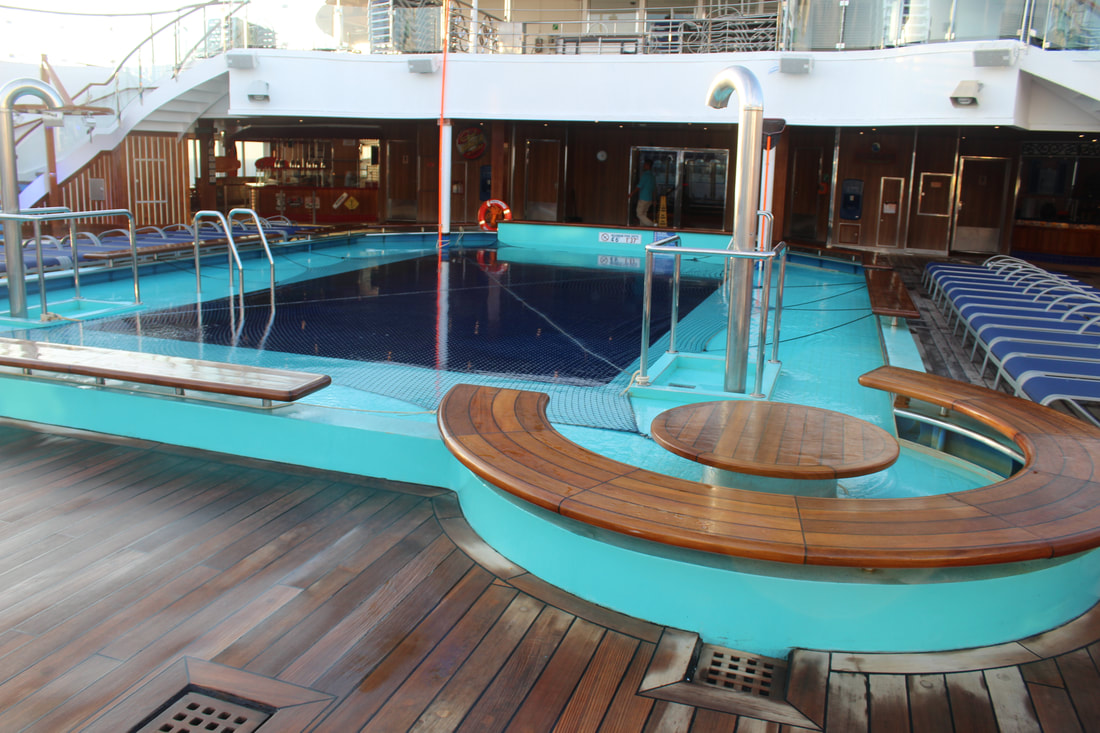 Carnival Valor Lido Main Pool