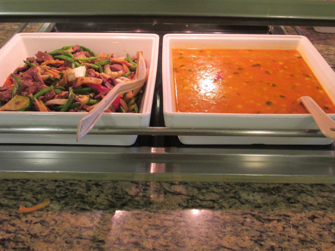 A few of the many choices at the Horizon Court lunch buffet