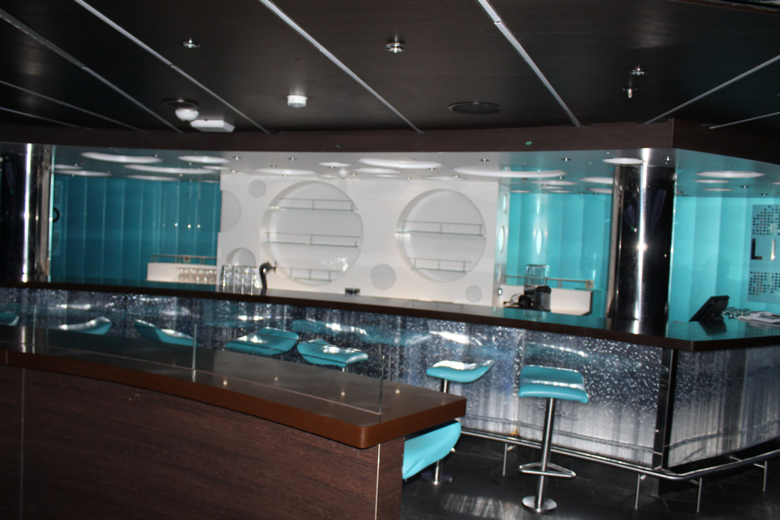 Carnival Vista Liquid Lounge Bar