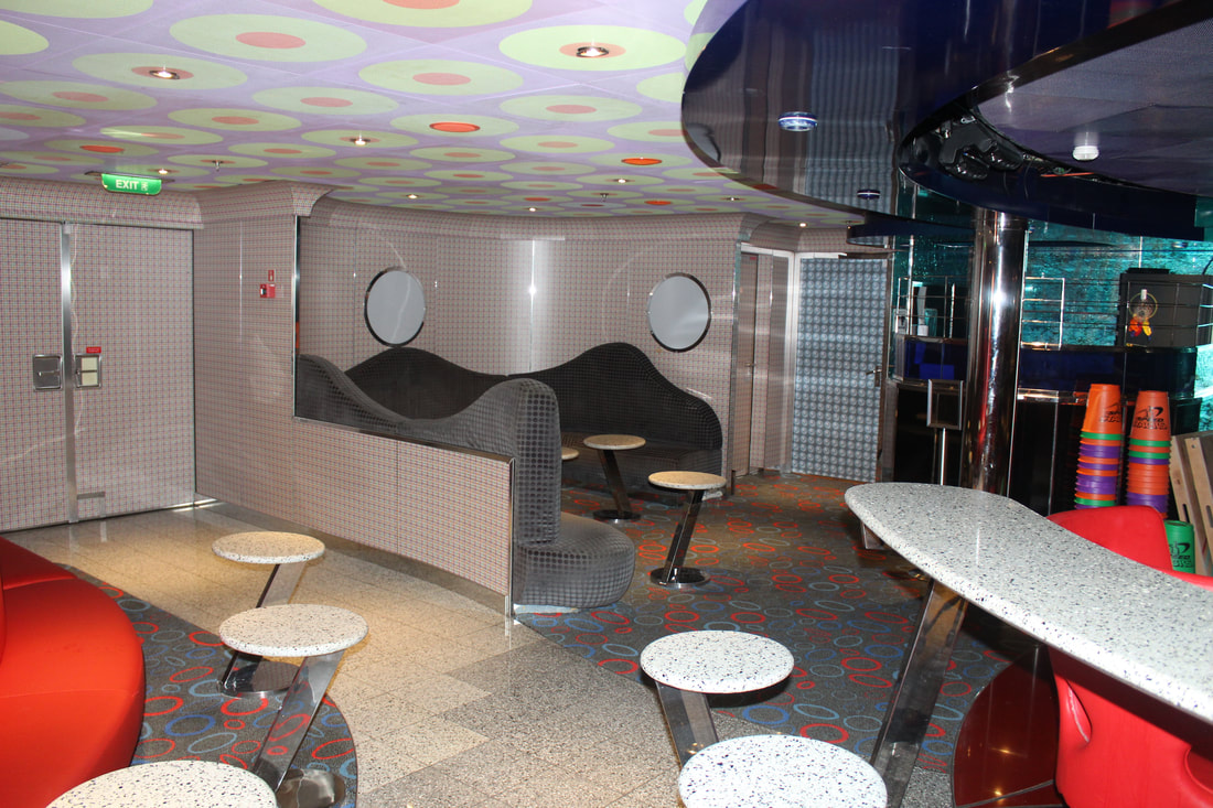 Carnival Dream Club 02 Youth Program Lounge