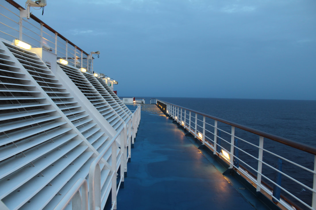 Carnival Freedom Jogging Track