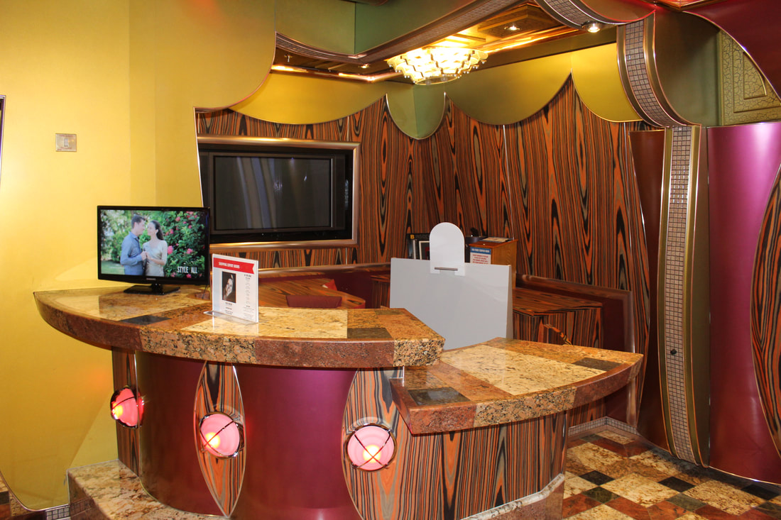 Carnival Freedom Shopping Desk